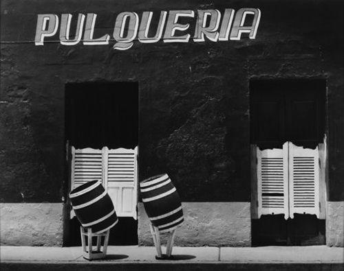 """Manuel Carrillo, """"Barriles borrachos-Pulquería"""". Toluca, 1970. De la muestra """"Mi querido México. Obras de la colección de Bank of America Merrill Lynch"""""""