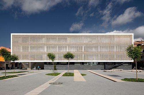 plaza de ovidi montllor barcelona estudio baas arquitectura