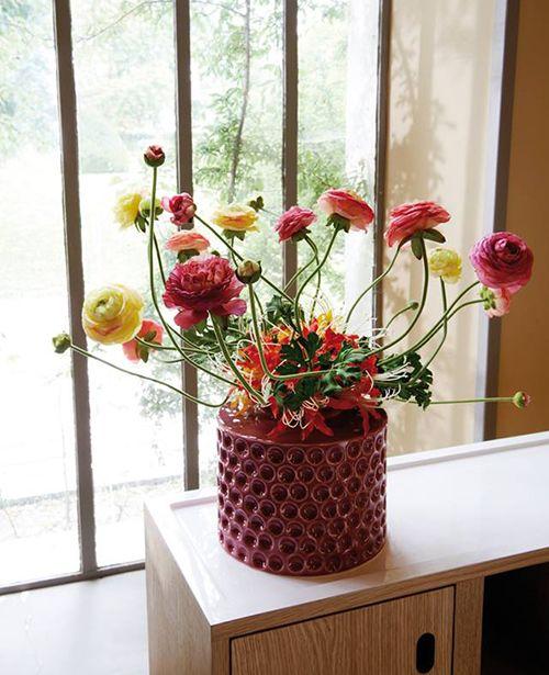 ramo flores composicion floral jarron firma sia decoracion nordica