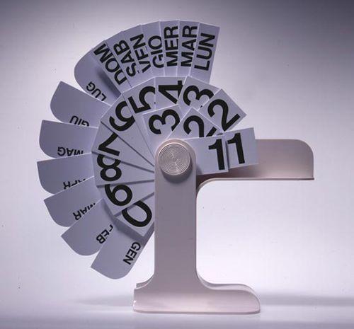 calendario enzo mari diseño italiano producto danese