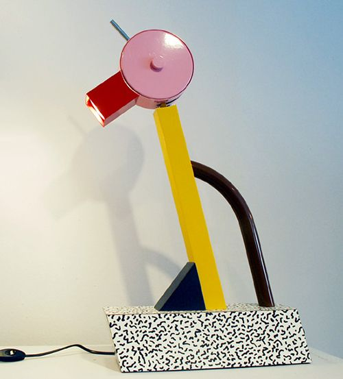 lampara memphis diseño ettore sotsass
