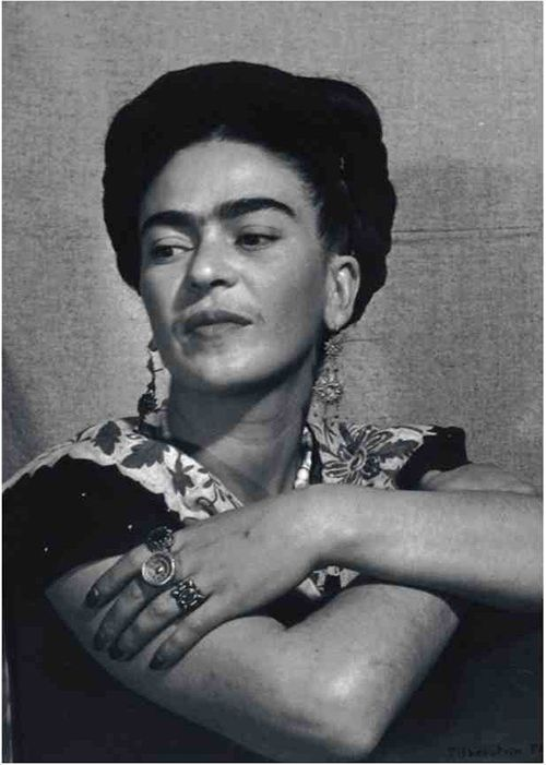 retrato frida kahlo fotografia man ray