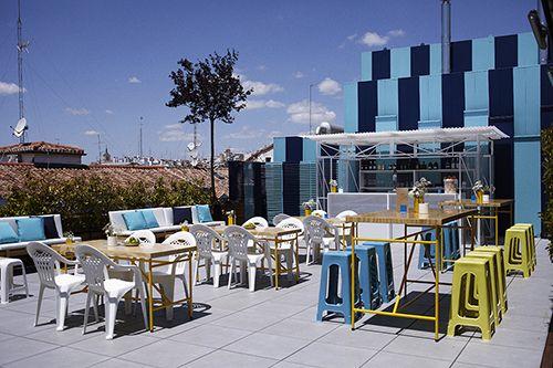 terraza la casa encendida madrid interiorismo diseño mobiliario pablo limon