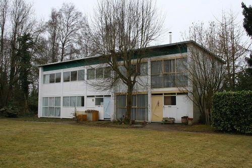 Wooncomplex met architectenwoning Willy Van Der Meeren