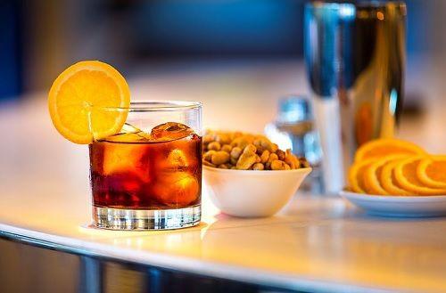 comida bebidas y cocteles bar lobo madrid (5)