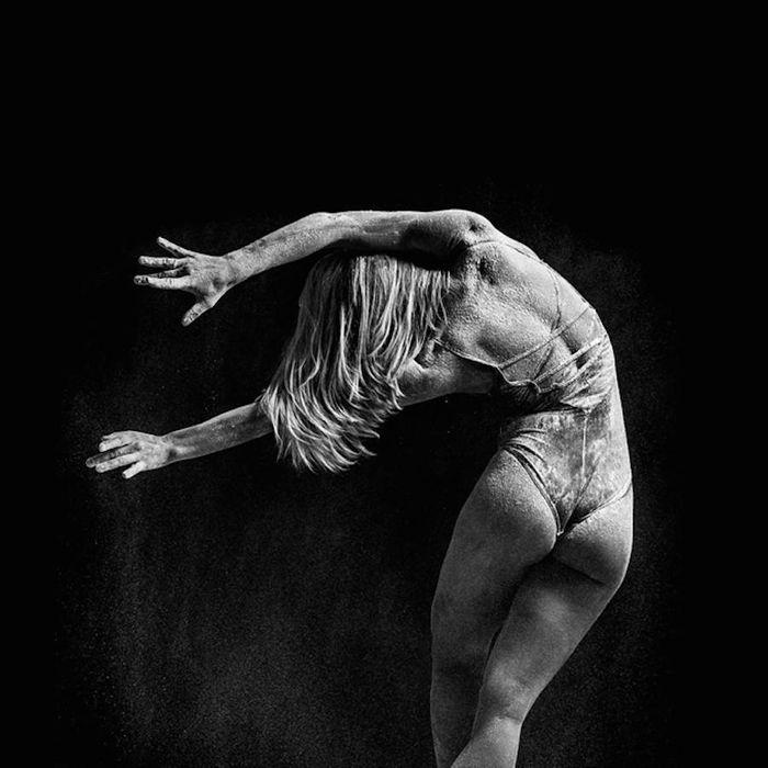 contorsion bailarina cubierta harina