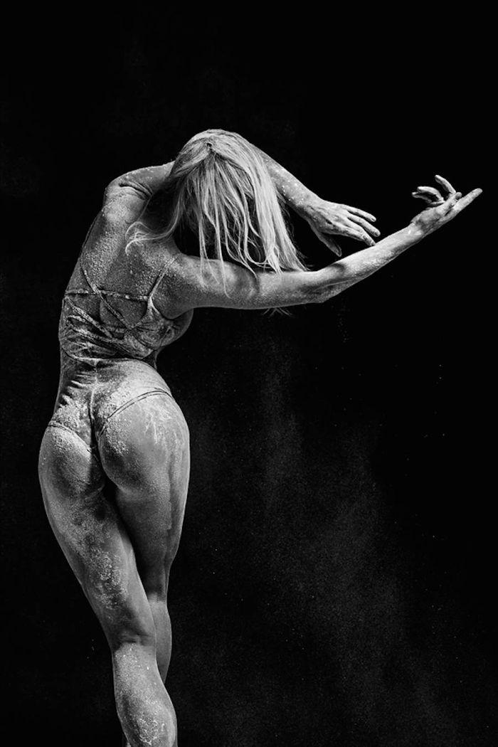 culo bailarina cubierta harina