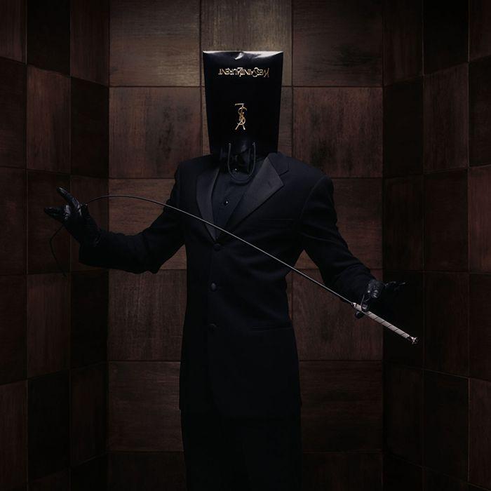 Fashion Victims 2000 Yves Saint Laurent bolsa en la cabeza erwin olaf fotografo sadomasoquismo consumismo