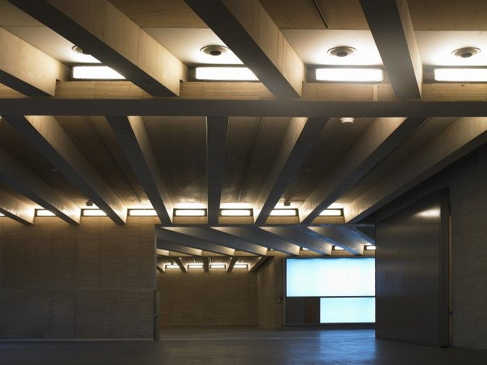 MUSAC Leon Arquitectura interior salas Tunon Mansilla