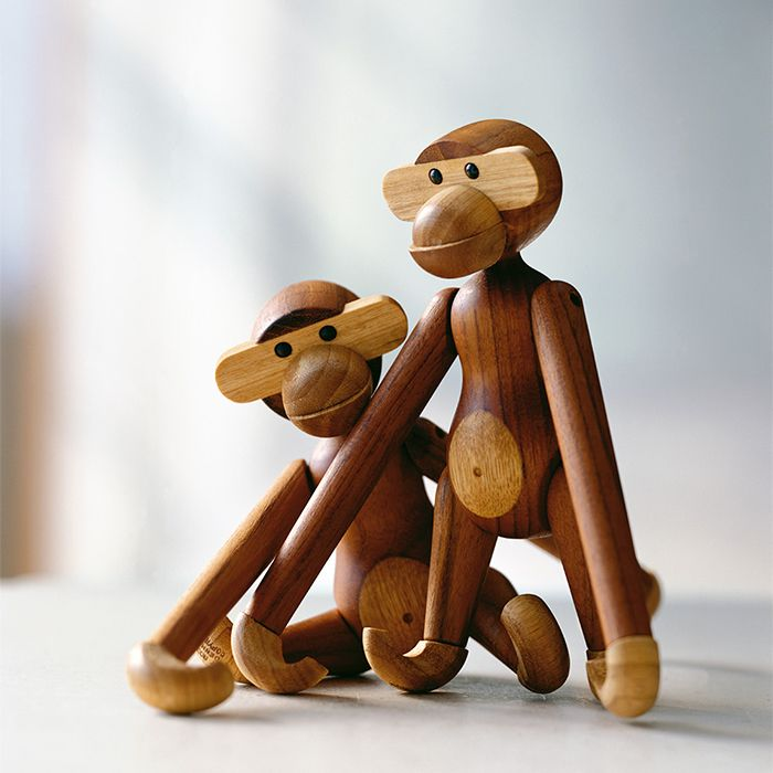 monos kay