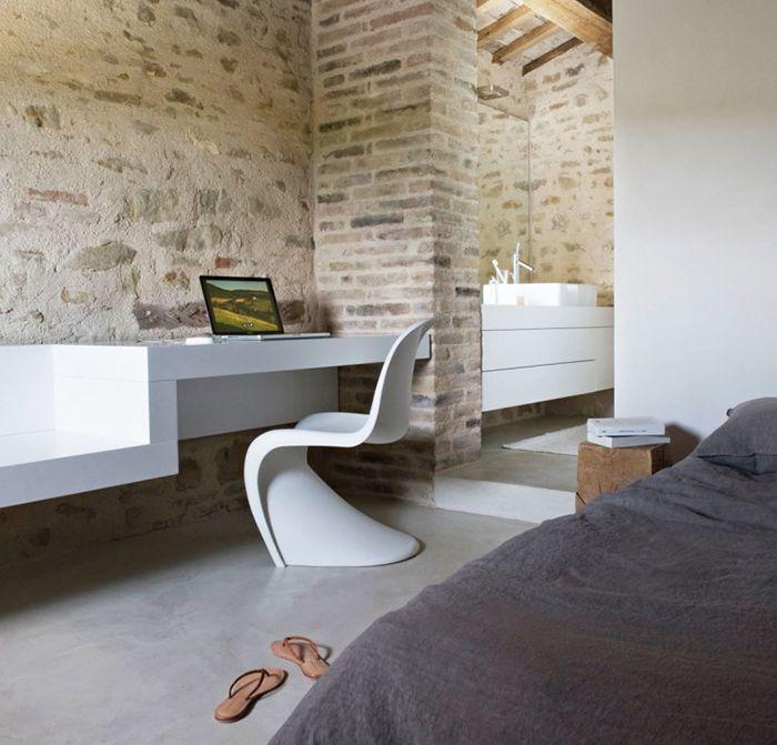 silla panton blanca (panton chair) disenada por verner panton de plastico curvada una pieza top 20