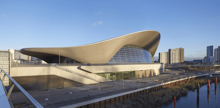 centro acuatico de londres zaha hadid olimpiadas london 2012 futurista piscina