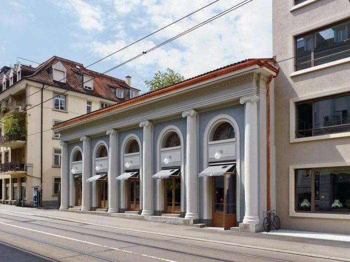 exterior restaurante razzia zurich antiguo cine