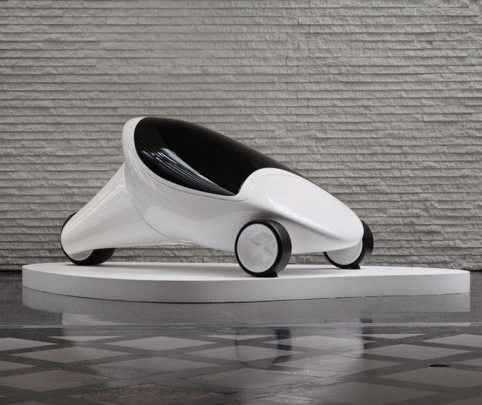 protipo zcar coche futurista diseno zaha hadid arquitecta tres ruedas blanco hidrogeno