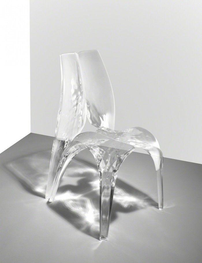 silla liquid glacial zaha hadid arquitecta transparente fluido liquido asiento hielo silla increible rara cristal plastico