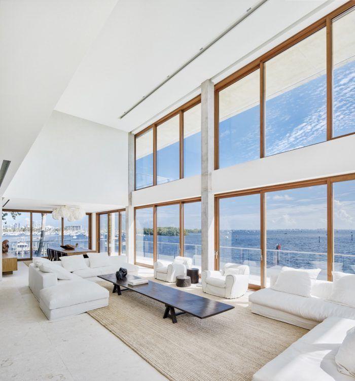 casa bahia alejandro landes director porfirio arquitecto miami florida ventanales vistas espectaculares oceano mar mansion