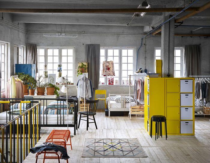 dormitorio mueble amarillo catalogo IKEA 2017