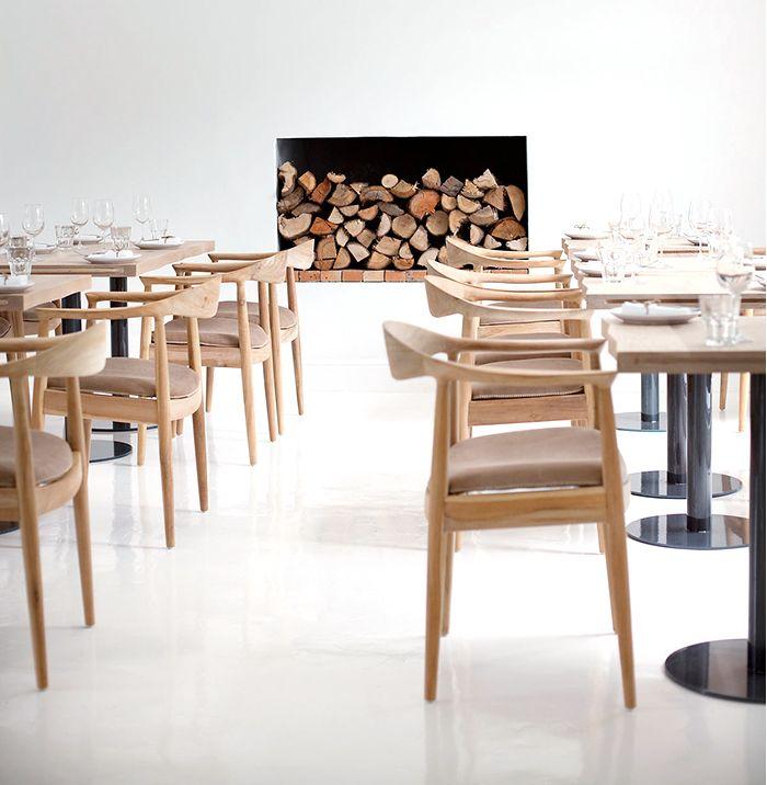 sillas mesas decoracion lagom equilibrio