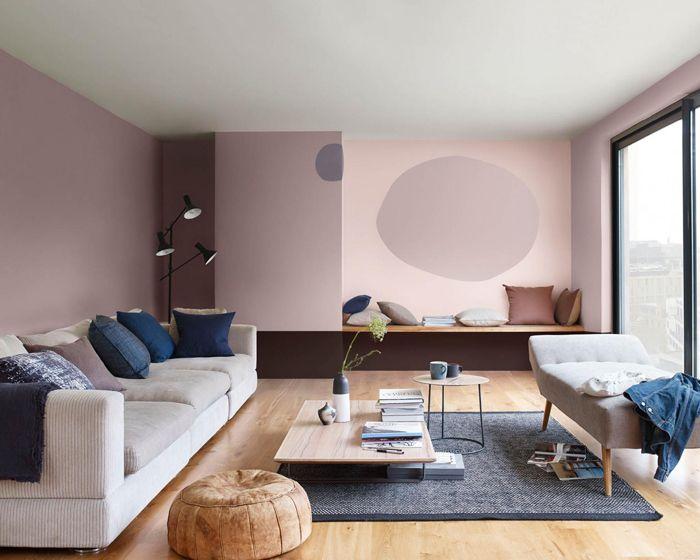 salón, sofá, ovalo pared, alfombra, cojines, azul