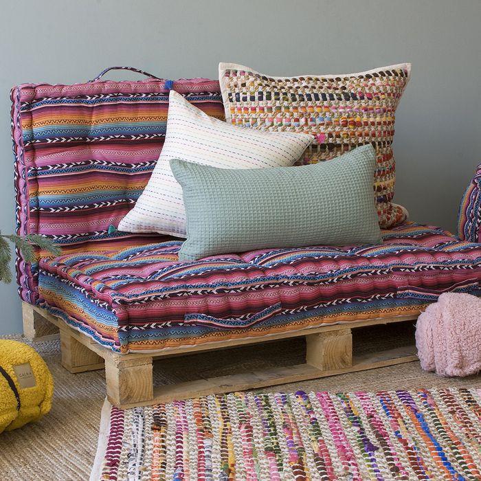 cojines boho y almohadones que crean el estilo bohemio en casa