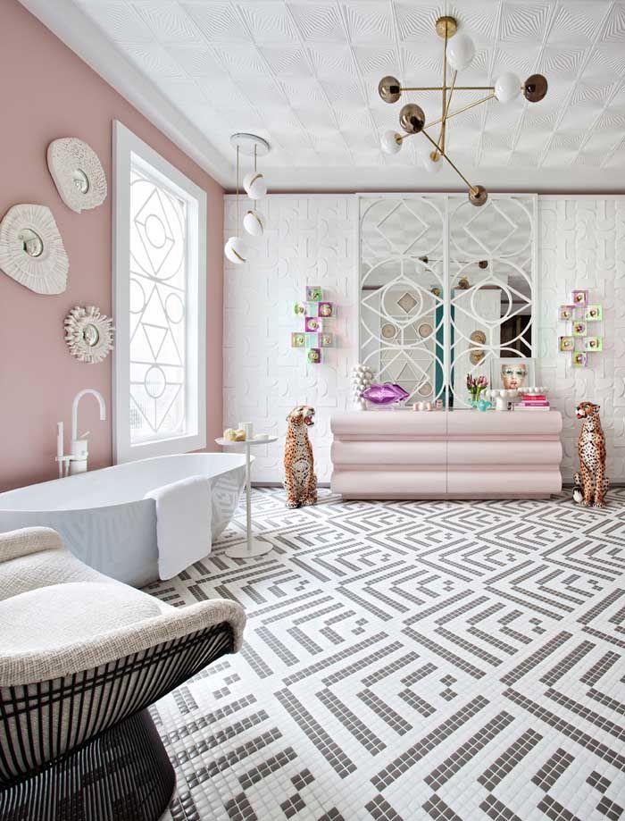 Baño tendencia rosas y blancos