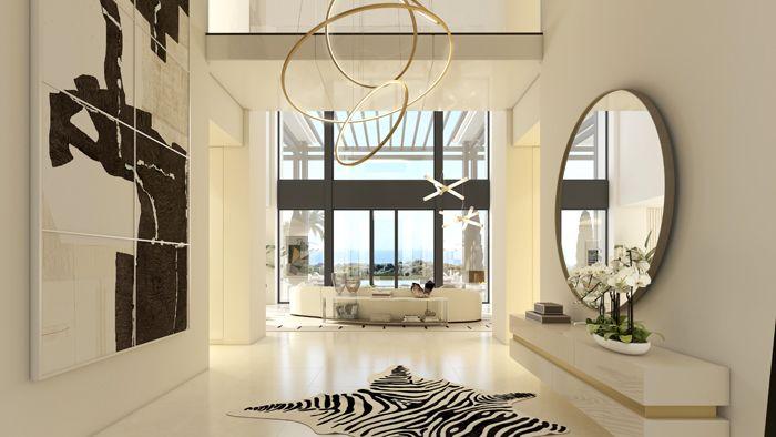 entrada vivienda lujosa en Marbella