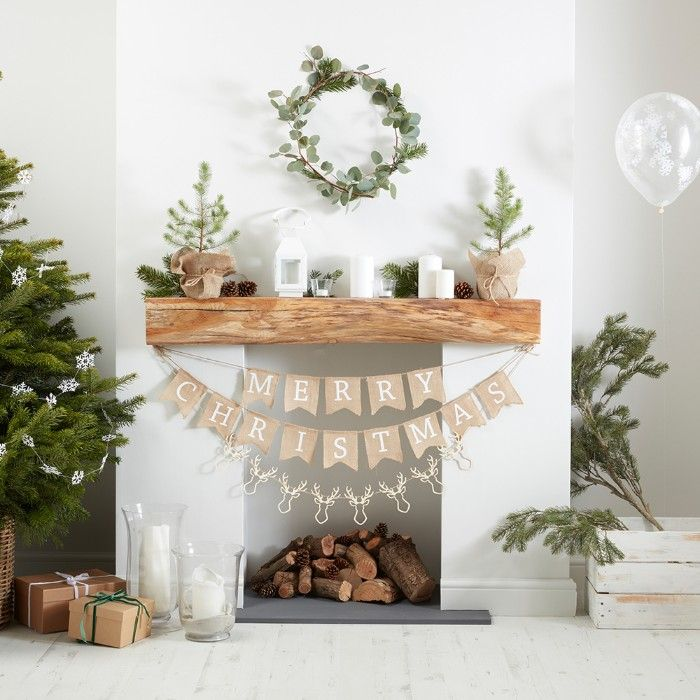 chimenea guirnalda navideña