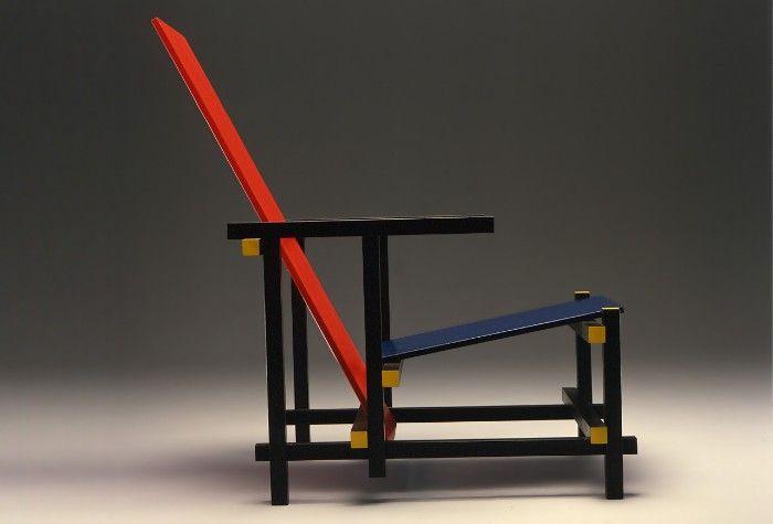 silla rojo y azul