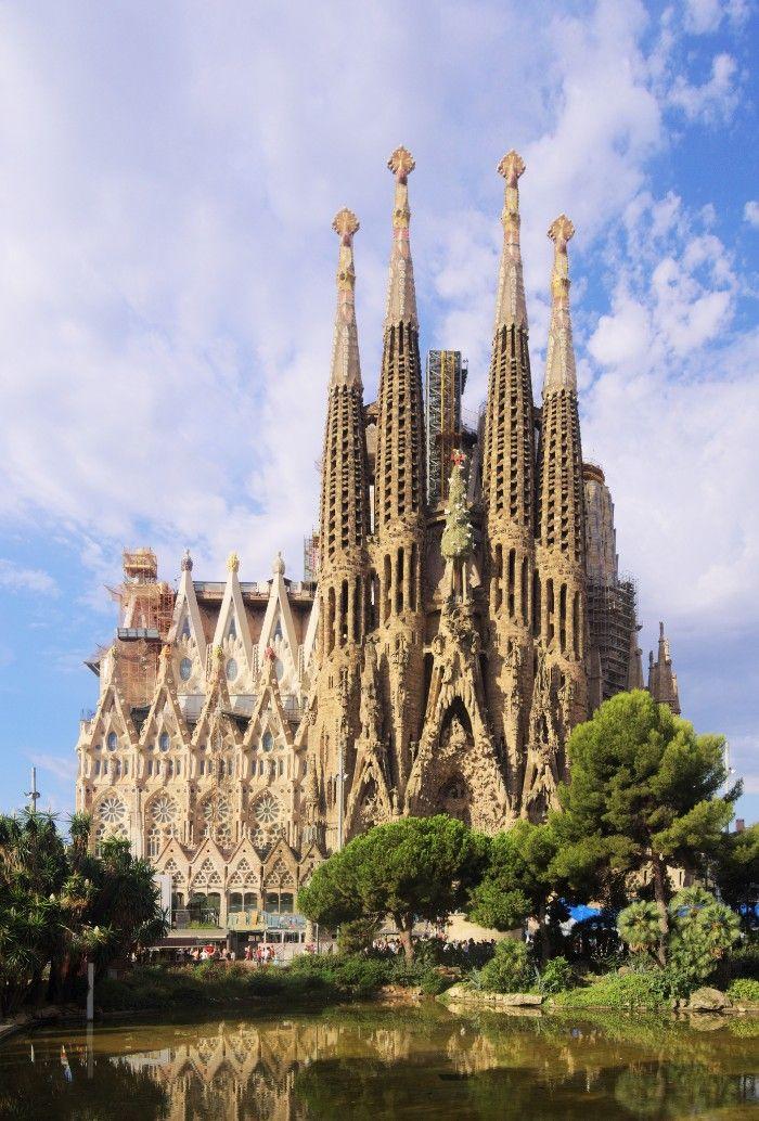 sagrada familia arquitectura modernista