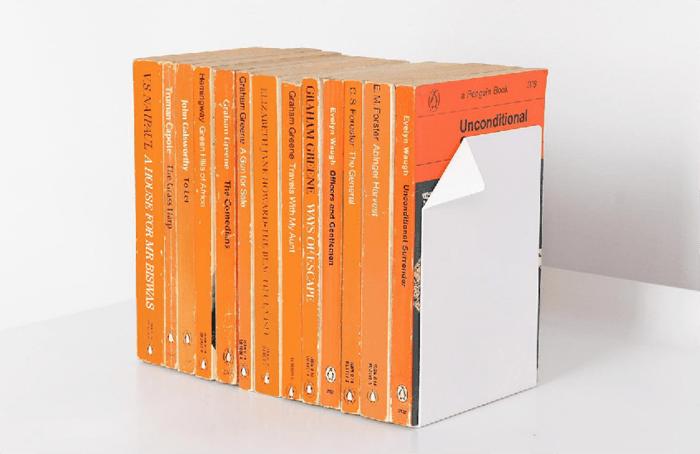 diseño sujeta libros