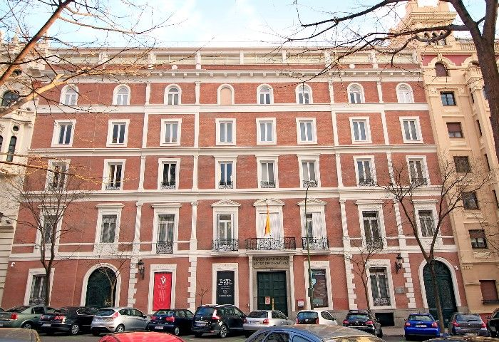 fachada museo nacional de artes decorativas