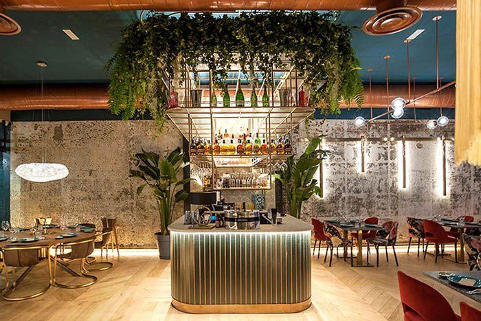 samana estilo dominicano lounge bar