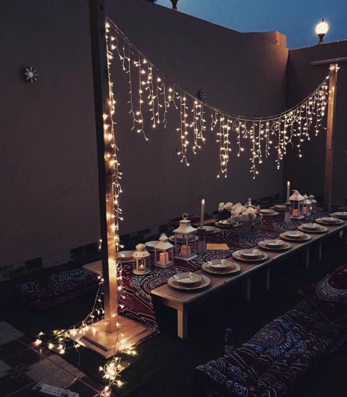 luces sobre mesa cumpleaños
