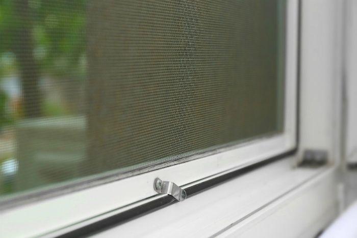 tipo mosquitera ventana