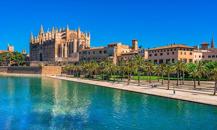 catedral gotica mediterraneo baleares