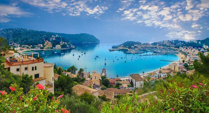 panoramica puerto mallorca mediterraneo