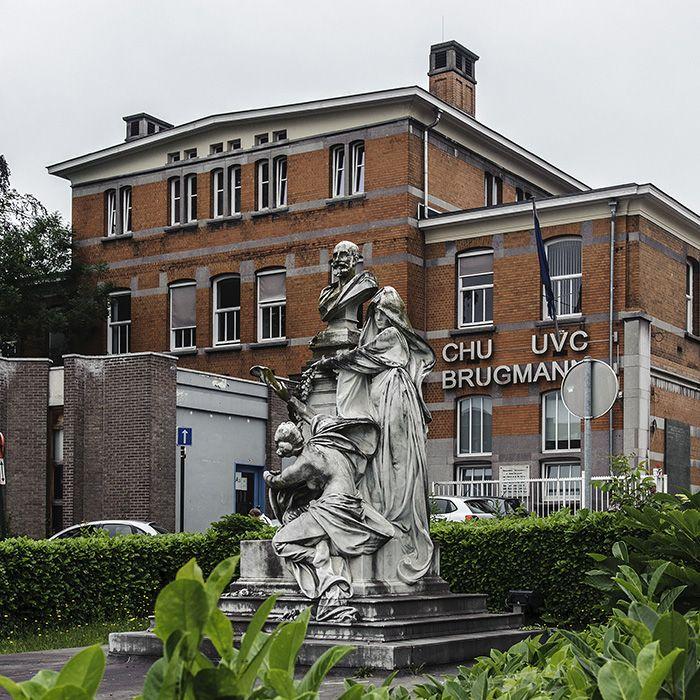 Hospital Brugmann y capilla victor horta
