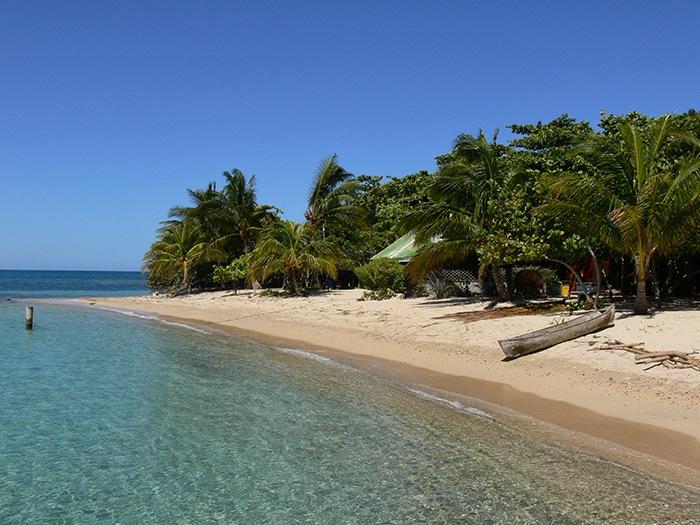 playa paradisiaca honduras