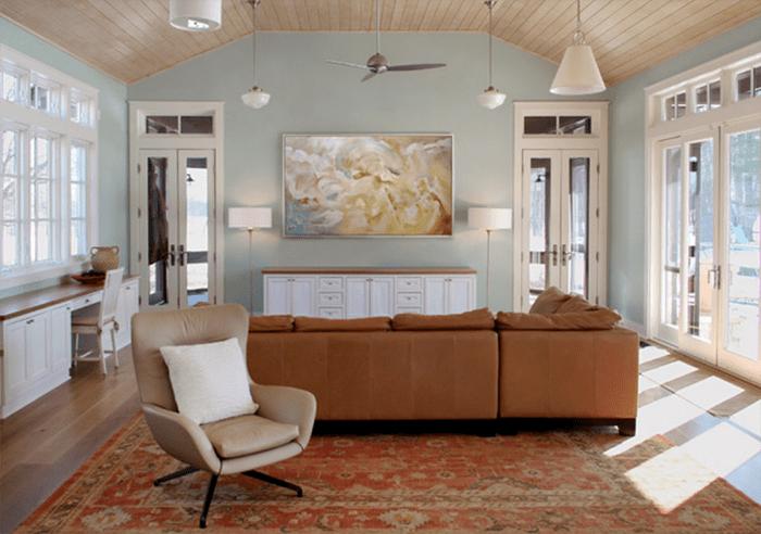 sala de estar techo madera ventilador