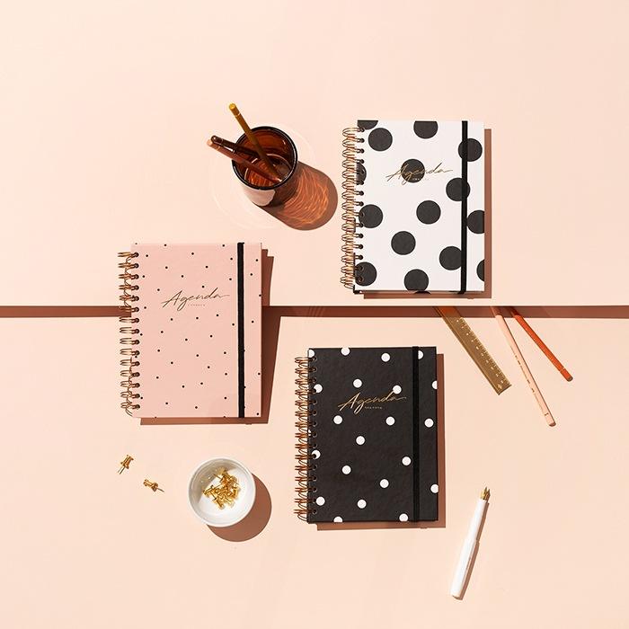 agendas diseño mujer