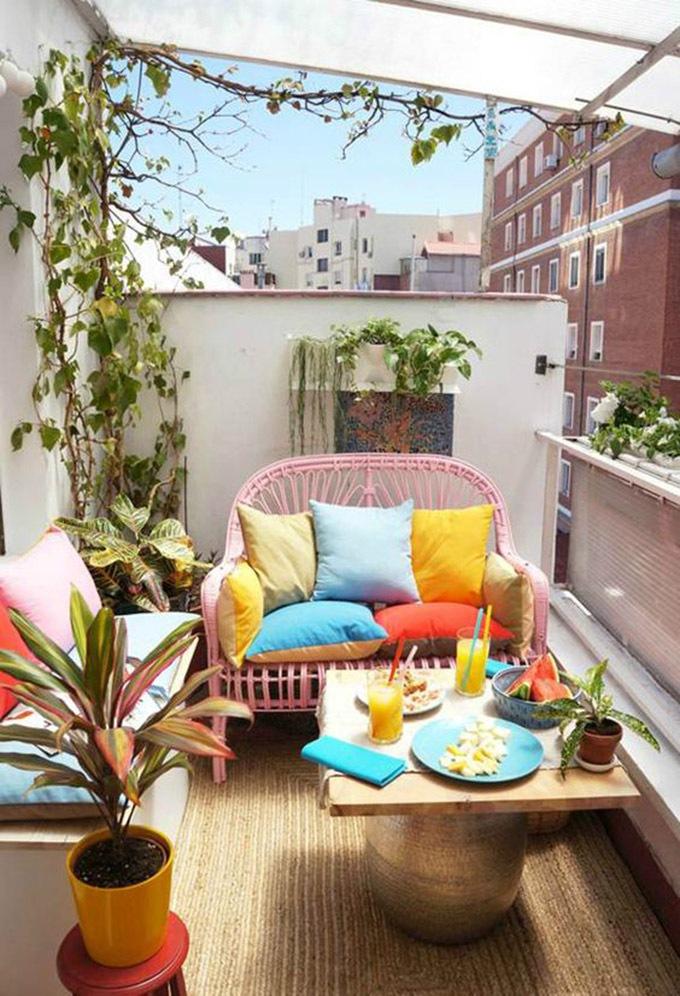 terraza colorida cojines