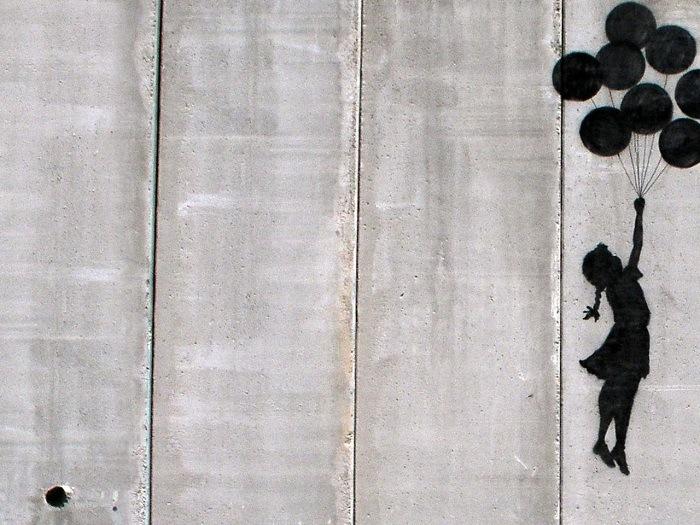 post-graffiti muro de la verguenza