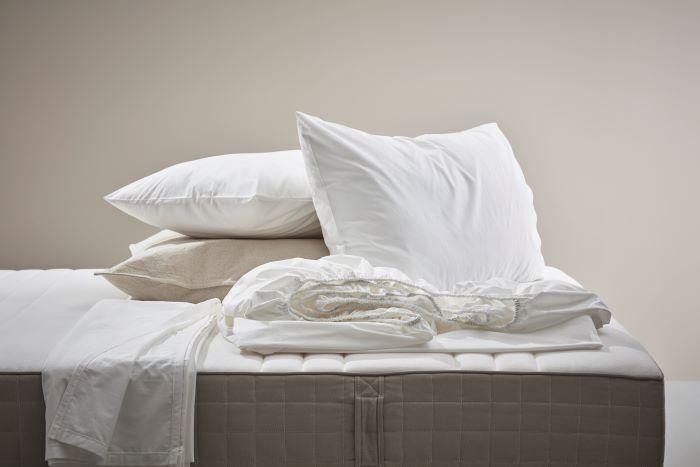 Materiales para dormir mejor en verano
