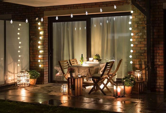 cena romantica luz calida