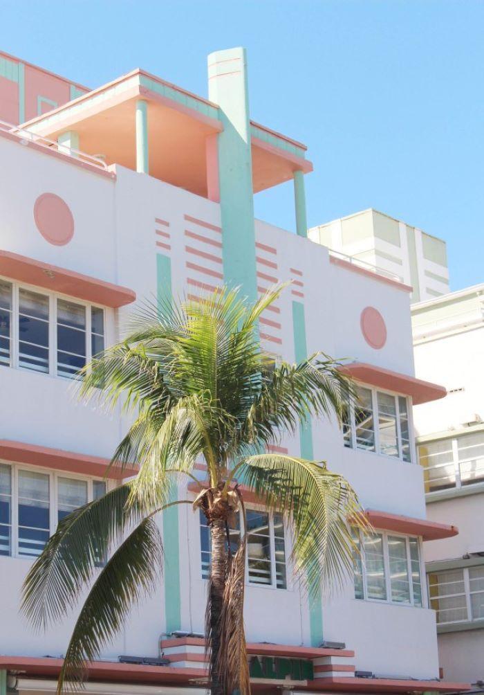 Apartamento Miami con fachada Art Deco