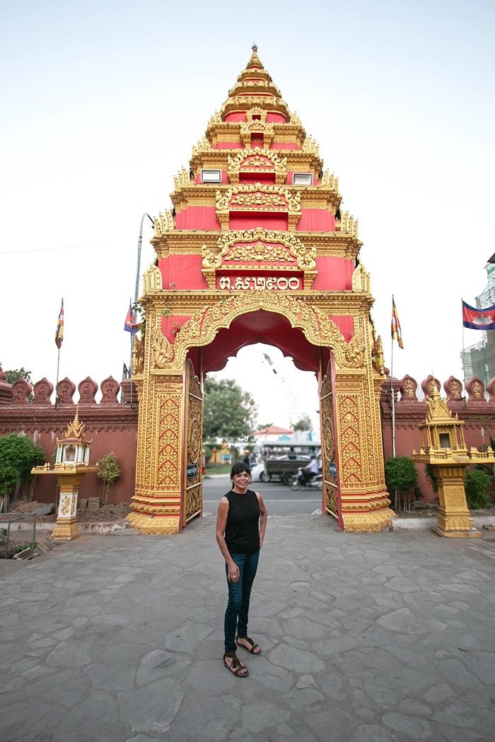phom penh puerta camboyana