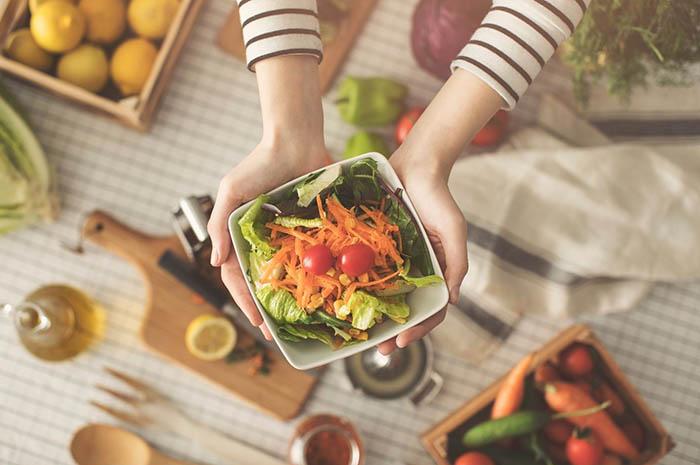 ¿Cuál es la relación entre las emociones y la alimentación?