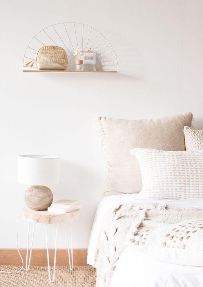 Estantería beige y metal calado blanco de Maisons du Monde