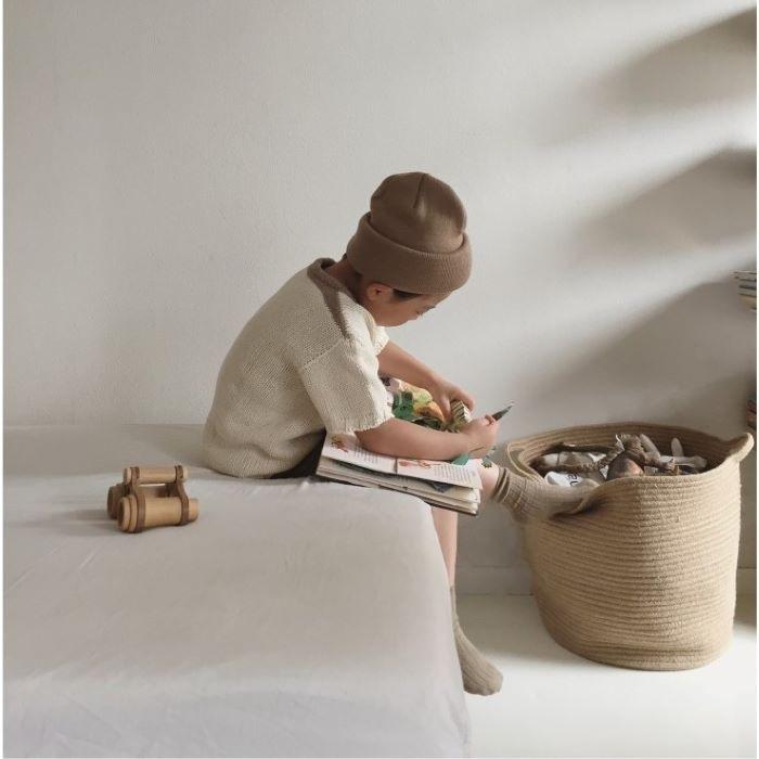Prismáticos de madera como juguete para los niños