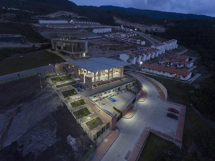 Ganador concurso arquitectónico ArchDaily 2021 iluminación proyecto